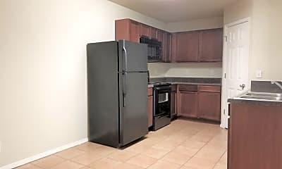 Kitchen, 5615 N 35th St, 1