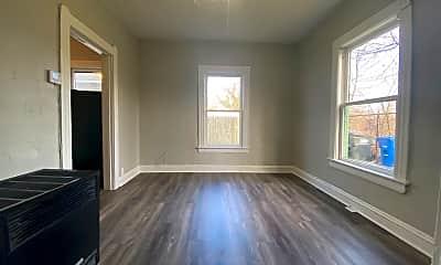 Living Room, 12307 Plover St, 2