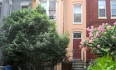 Building, 709 Massachusetts Ave NE, 0