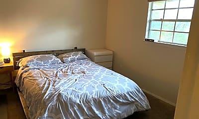 Bedroom, 312 E 43rd St, 2