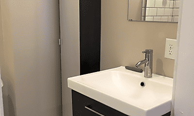 Bathroom, 259 W 4th Ave, 2