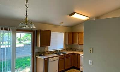 Kitchen, 2186 W 44th St, 1