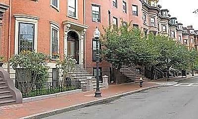 Building, 467 Massachusetts Ave, 0
