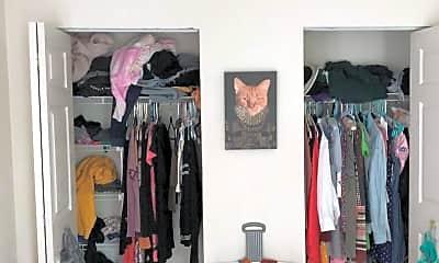 Bedroom, 307 Parkmount Rd 3, 2