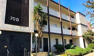 Building, 700 Glenway Dr, 0