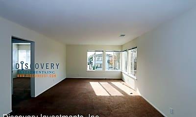 Living Room, 8049 Greenridge Dr, 1