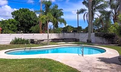 Pool, 1801 N 39th Ave, 0