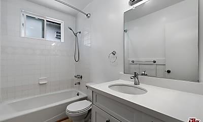 Bathroom, 3541 Jasmine Ave 5, 2