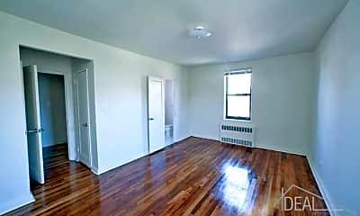 Living Room, 7419 Ridge Blvd, 2