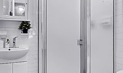 Bathroom, 340 9th Ave 3, 2