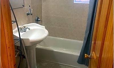 Bathroom, 64-41 Saunders St, 1