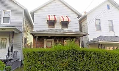 Building, 1418 S Webster Ave, 1