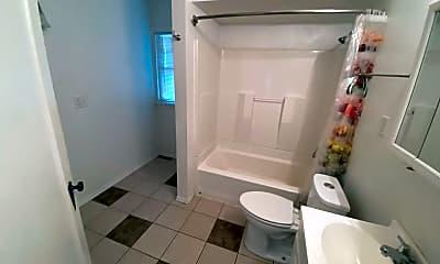 Bathroom, 2024 W 2nd Ave, 2