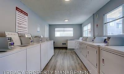 Kitchen, Arborview Apartments, 2