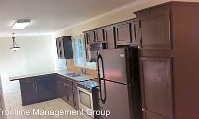 Kitchen, 209 Ridgeview Dr, 1