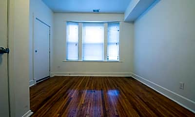 Bedroom, 5901 S Michigan Ave, 1