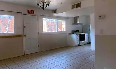 Living Room, 1125 N Plata Cir, 1