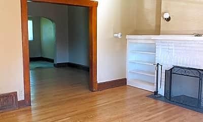 Living Room, 306 Baldwin Ave, 1