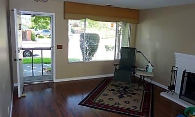 Living Room, 2928 Fountainhead Dr, 1