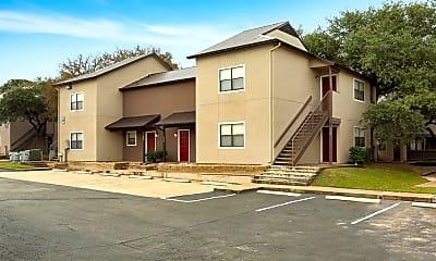 Building, Lake Creek Apartments, 2