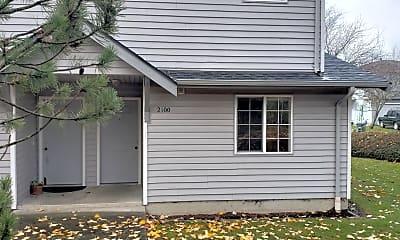 Building, 2102 E Illinois St, 1