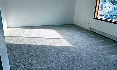 Living Room, 4770 Glasgow Dr 4, 1