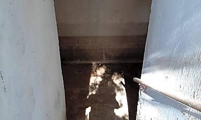 Bathroom, 205 Jim Denton, 2