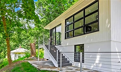 Patio / Deck, 1730 Carhart Ave, 1