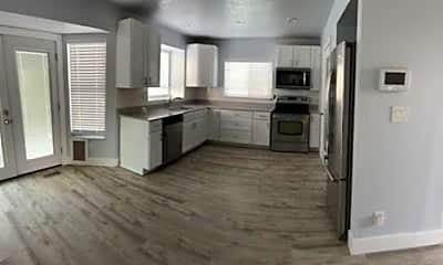 Kitchen, 1041 E Colbalt Ln, 1