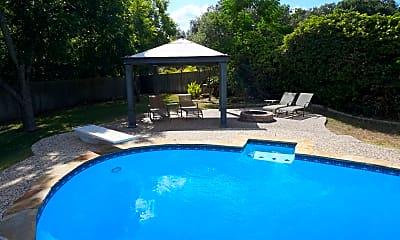 Pool, 9200 Fallworth St, 2