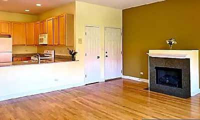 Living Room, 2345 W Harrison St, 2