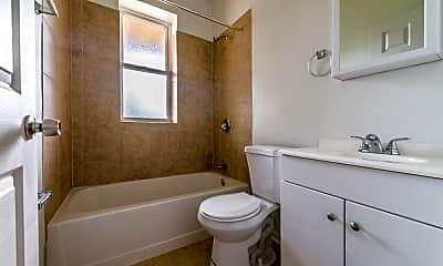 Bathroom, 7406 S Perry Ave, 2