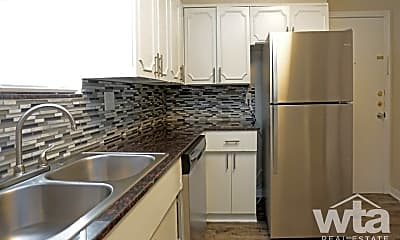 Kitchen, 67 Brees, 0