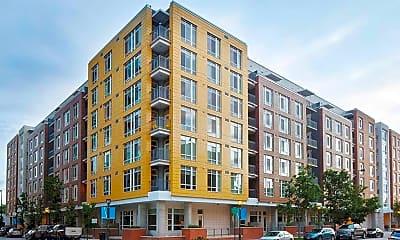 Building, AMLI Riverfront Green, 0