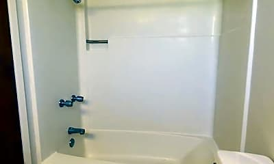 Bathroom, 469 Monroe St, 2