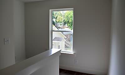 Kitchen, 2703 Wells St, 2