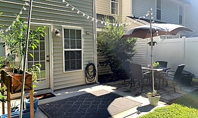Patio / Deck, 2018 Bluff View Dr, 2