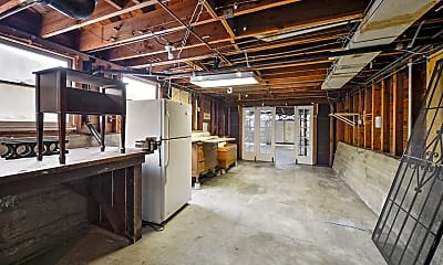 Kitchen, 1425 5th Ave, 2