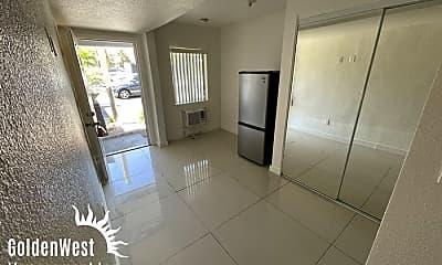 Living Room, 1401 E Carson Ave, 0