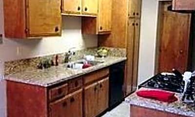 Kitchen, 318 Bridge Pl, 1