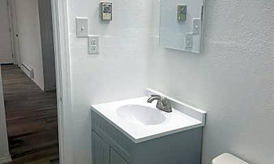 Bathroom, 2728 W Peninsula Dr, 2