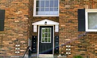 Building, 31831 Grand River Ave 57, 0