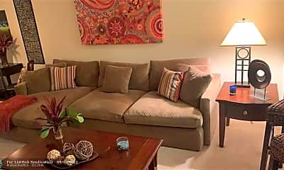 Living Room, 3500 Oaks Clubhouse Dr 409, 1