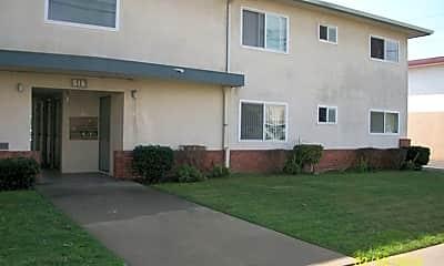 Building, 516 Buena Vista Ave, 1