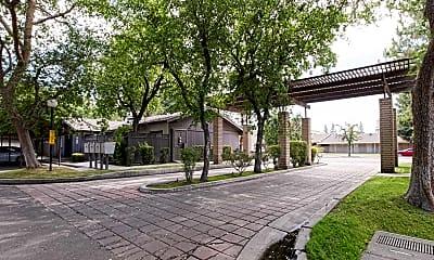 Building, El Rio Apartment Homes, 1