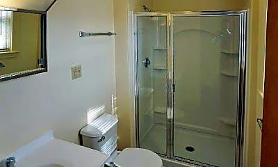 Bathroom, 19 Norumbega Terrace, 2