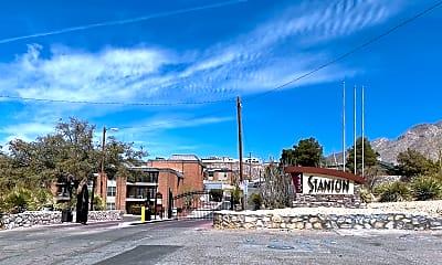 4433 N Stanton St I-405, 0