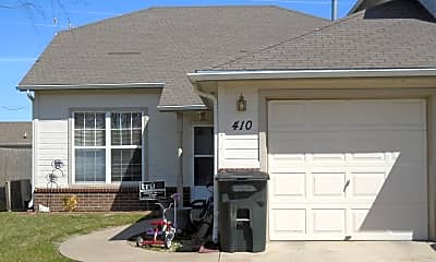 Building, 410 Butterfield Rd, 0