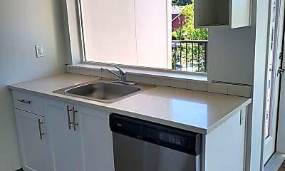 Kitchen, 7686 N Lombard St, 0