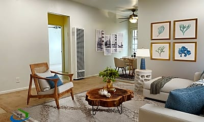 Living Room, 923 Ravenscourt Ave, 0